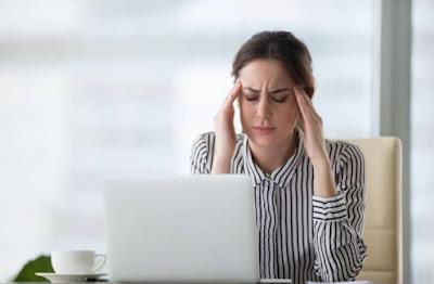 Ini menjelaskan mengapa Anda ingin merangkak ke dalam lemari gelap ketika Anda memiliki migrain