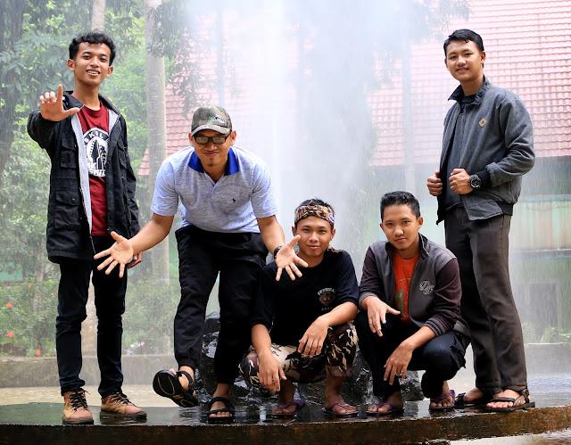 Wisata Alam Taman Hutan Raya (TAHURA) di Lampung