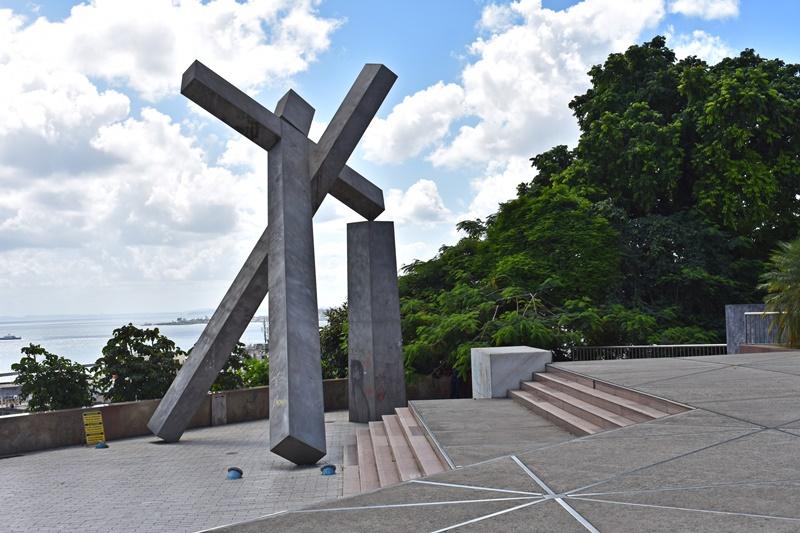 Praça da Cruz Caída, Salvador