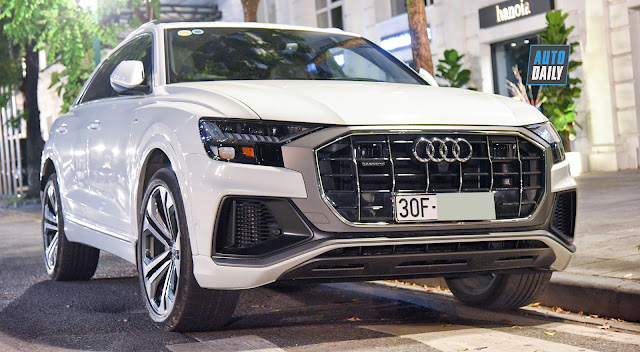 AUDI Q8 MORE THAN THE FIRST 6 BILLION ABOUT VIETNAM TO BE WHITE HANOI