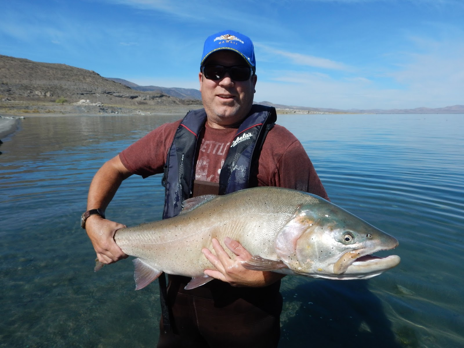 Pyramid lake guide service pyramid lake outstanding for Pyramid lake ca fishing report