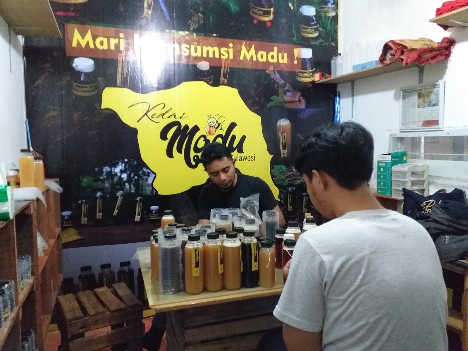 Owner Kinclong Loundry Berkunjung Ke Kedai Madu Sulawesi