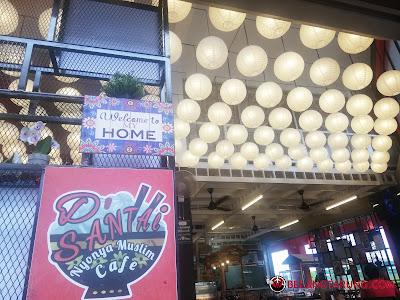 D'Santai Nyonya Muslim Cafe