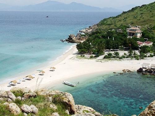 Hòn Nội bãi tắm biển đẹp ở Nha Trang