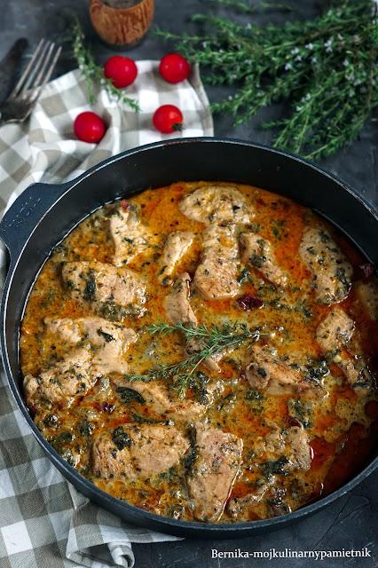 indyk, gulasz, obiad, gorgonzola, suszone pomidory, bernika, kulinarny pamietnik