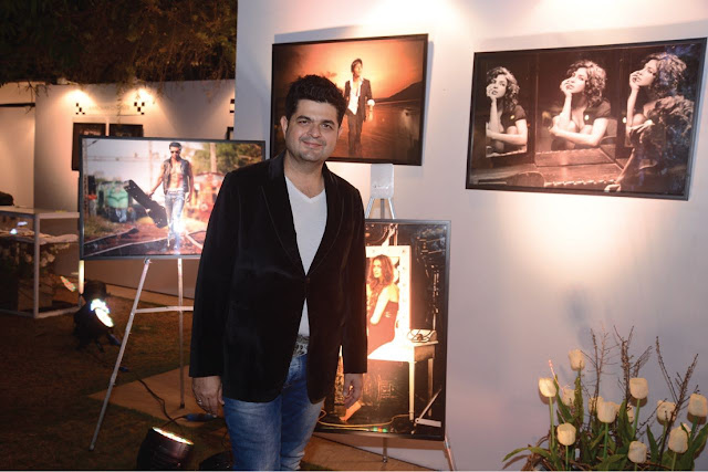 Dabboo-Ratnani-with-his-exhibit-10-famed-faces-at-BollyGoods