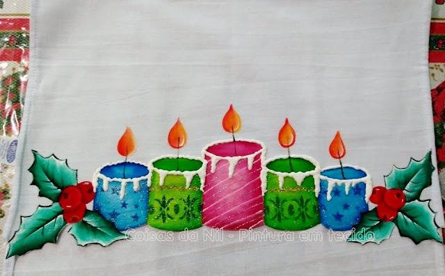 pintura em tecido barrado de velas de natal em pano de prato