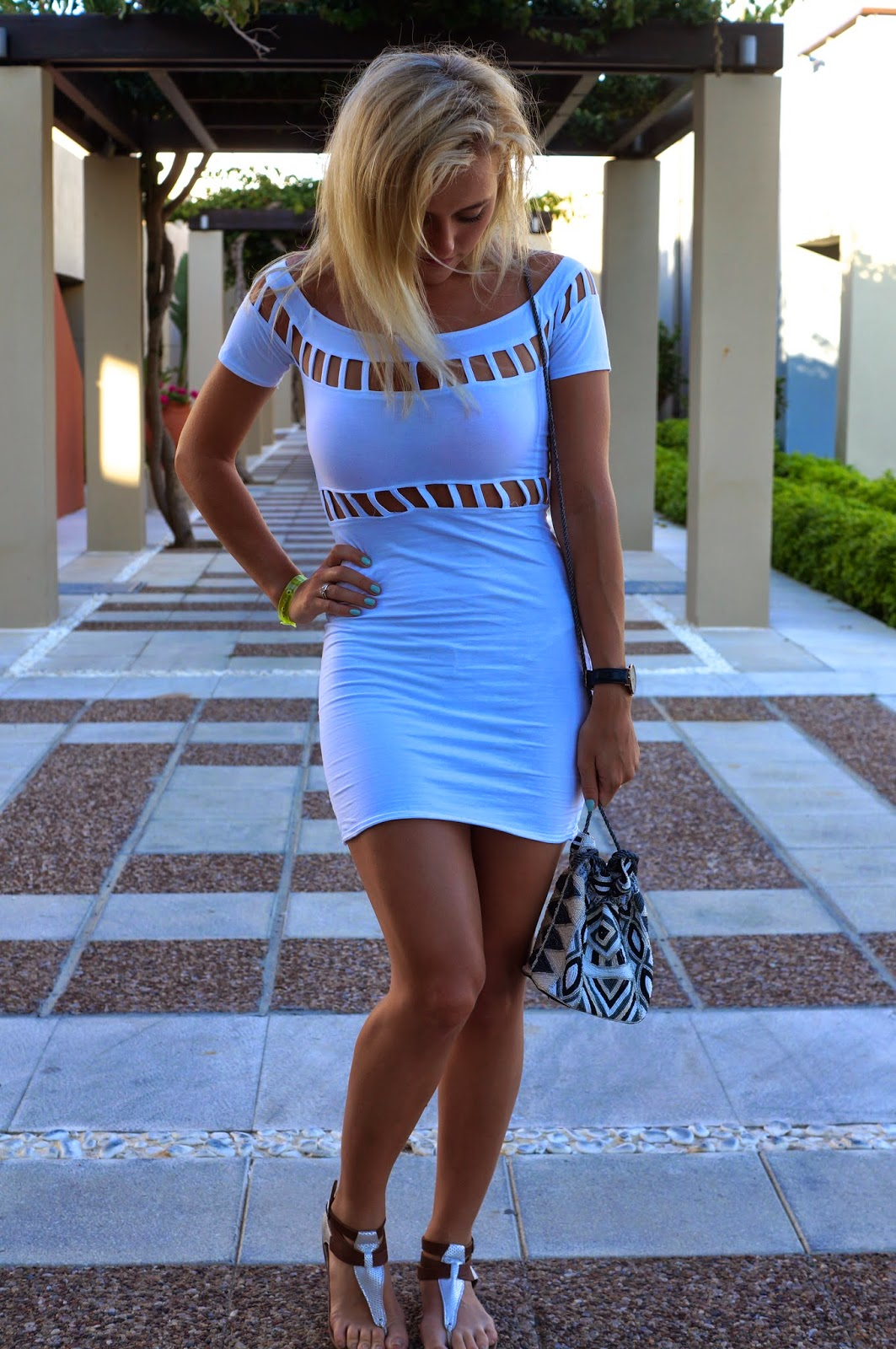 motel white dress