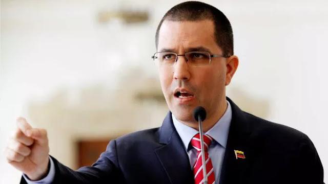 """Arreaza dice que """"seguramente"""" se retomará diálogo con oposición"""