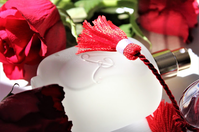 les parfums de rosine rose griotte avis, rose griotte les parfums de rosine, les parfums de rosine, parfum à la rose, nouveau parfum femme, parfum femme, parfum rose griotte, les parfums de rosine rose griotte eau de parfum, blog parfum, rose griotte les parfums de rosine