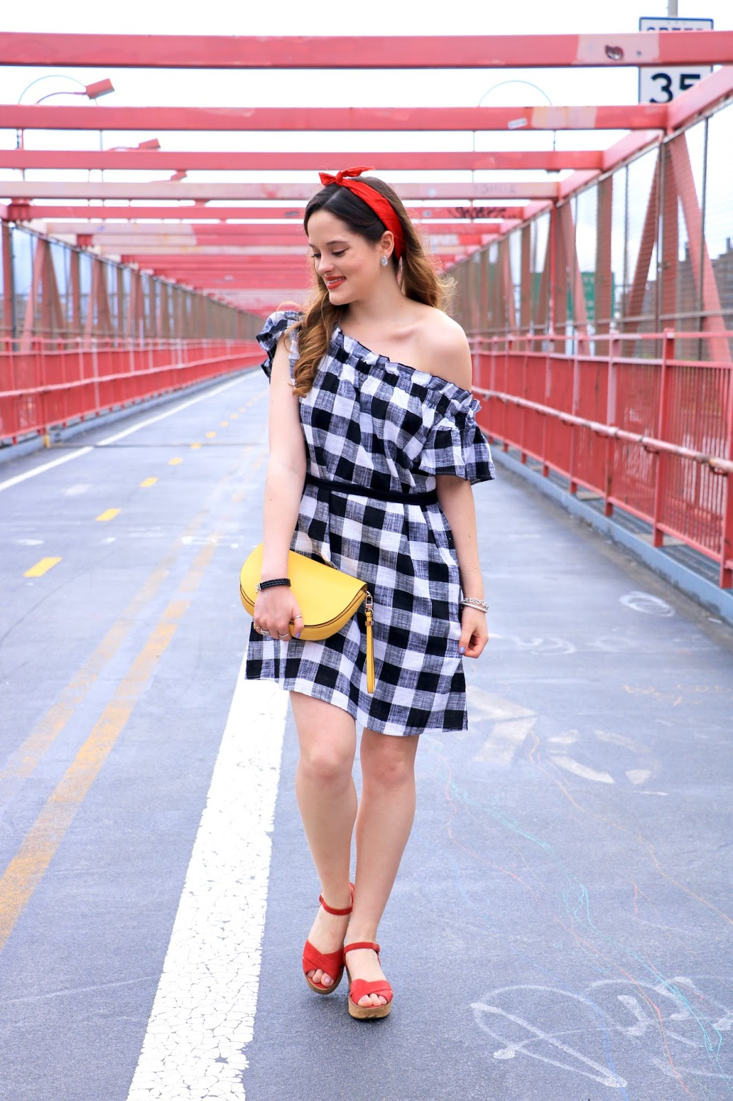 New York fashion blogger Kathleen Harper in 4th of July outfit