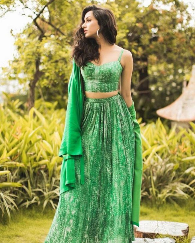 Actress Gallery: Shraddha Kapoor Latest Pictures