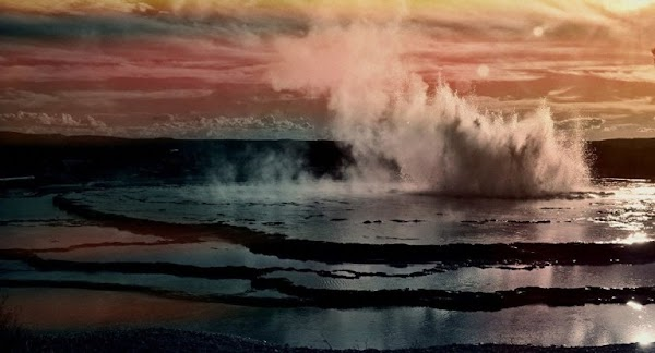 ¿ Una Bomba De Tiempo? El volcán Yellowstone Nos Está Ocultando Algo.