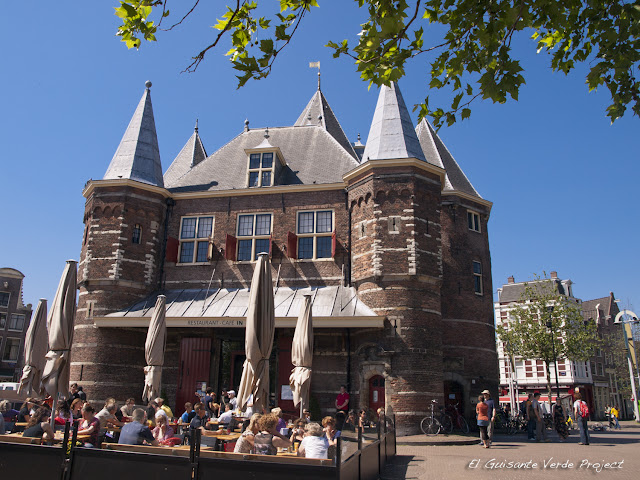 De Waag, Amsterdam por El Guisante Verde Project