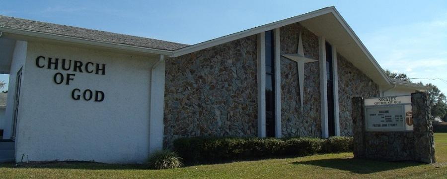 Iglesia por la carretera