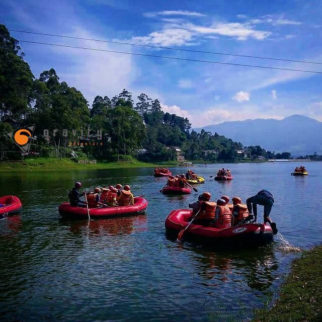 OUTBOUND rafting PANGALENGAN DI SITU CILEUNCA