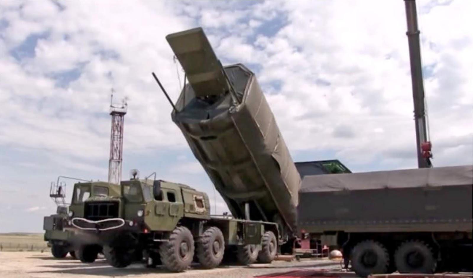Komisi Negara Rusia merekomendasikan untuk mengadopsi sistem rudal Avangard