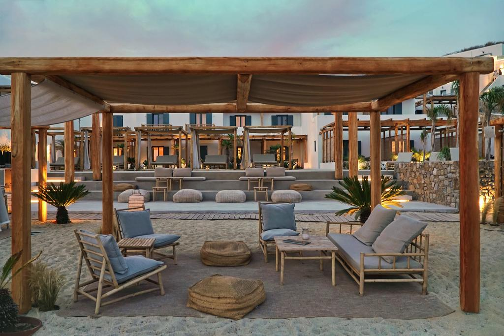 Branco Hotel on Mykonos island, A mix of luxury and local traditions