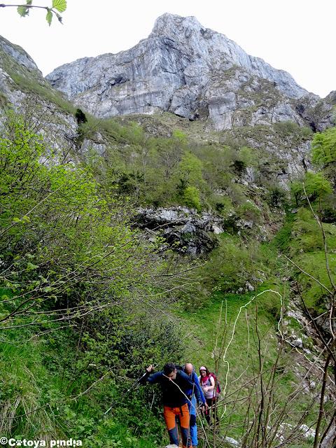 Atravesando los sedos del valle de Ozanía