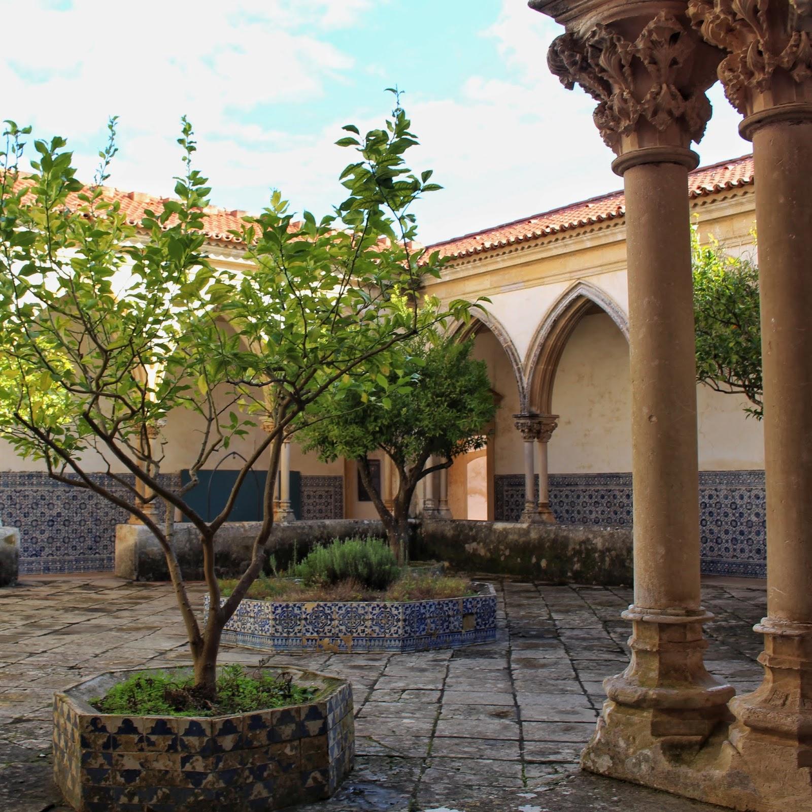 Claustro do Cemitério, Convento de Cristo, Tomar