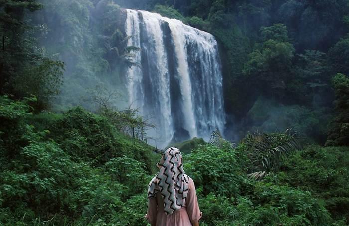 10 Air Terjun (Curug) di Kendal yang Indah dan Lagi Hits
