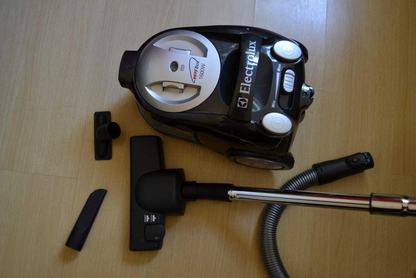 16a04665b SubAspira  Aspirador de Pó Electrolux 1600W Filtro Hepa-R  189
