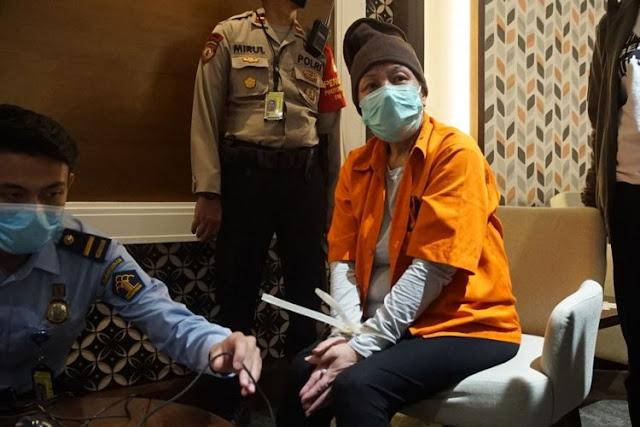 Siapakah Adrian Waworuntu Pembobol Bank BNI Mitra Maria Pauline Yang Baru Saja Ditangkap