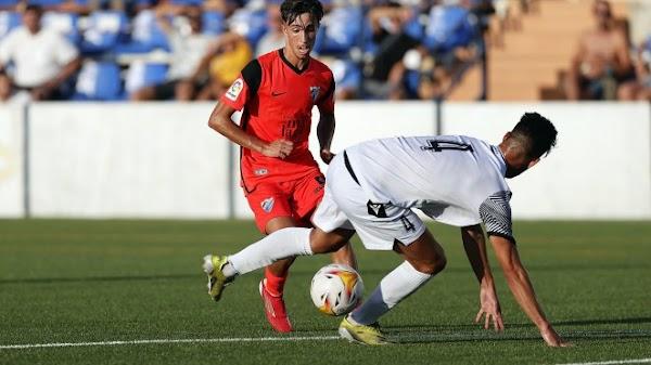 Un buen y sobrio Málaga arranca bien ante el Vélez CF (0-2)