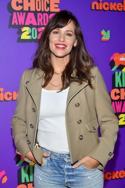 Jennifer Garner at Nickelodeon's 2021 Kids' Choice Awards in Santa Monica