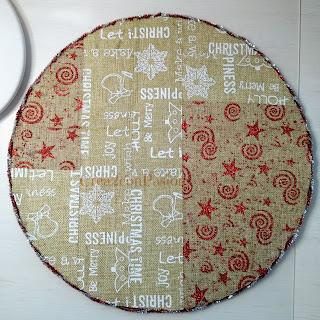 Viste-tu-mesa-en-Navidad-diys-bajo-plato-reciclando-carton-crea2-con-pasion