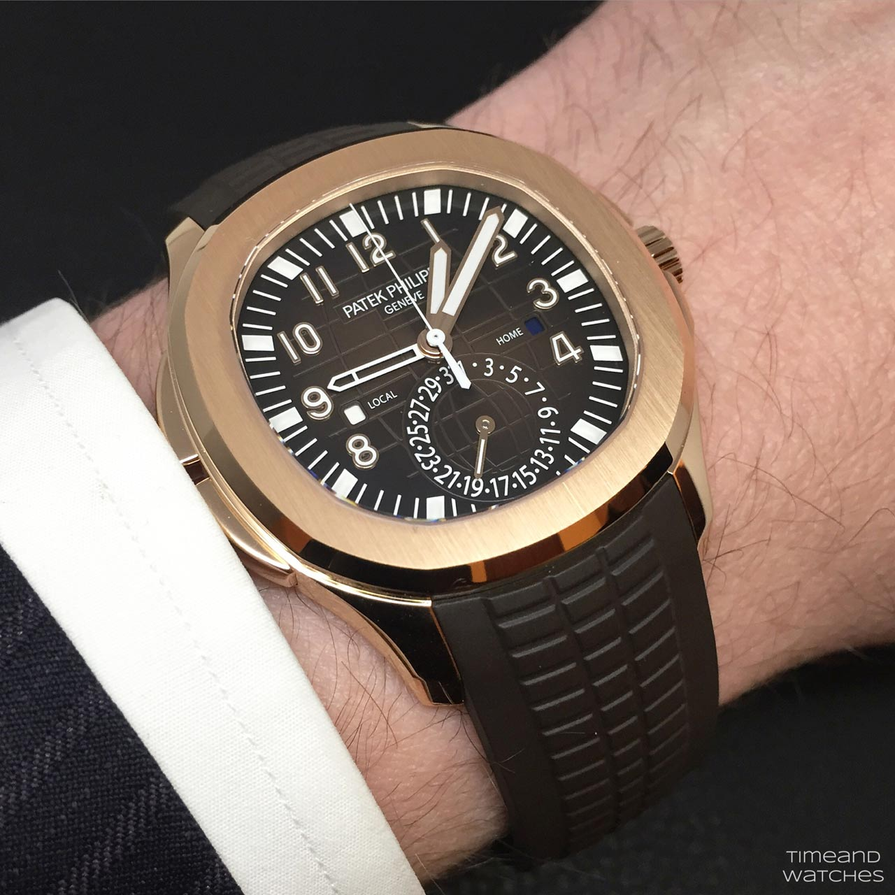 Patek Philippe Aquanaut Travel Time Ref 5164r 001 Time And
