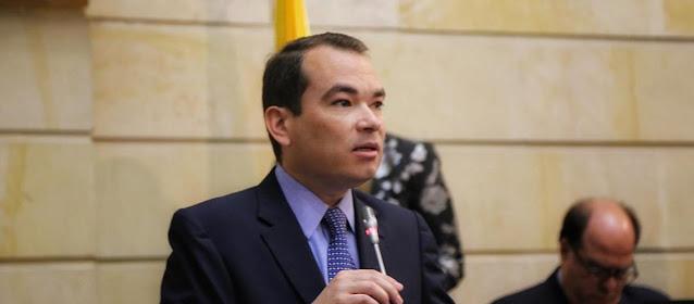 TOMÁS GUANIPA RENUNCIA COMO EMBAJADOR DE GUAIDÓ PARA IR A NEGOCIACIONES CON MADURO