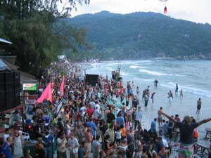 Koh Phangan Full Moon Party Dates: haad Rin Beach