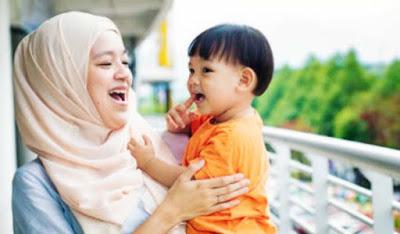 Nama Bayi Perempuan Islami Pilihan