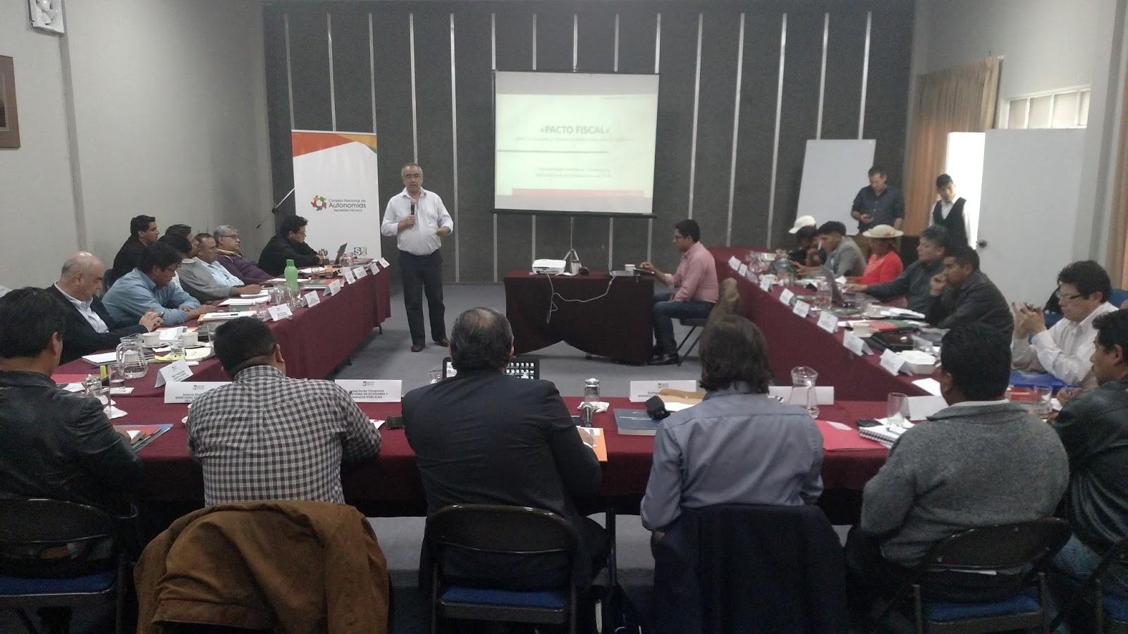 La Paz, Tarija y Santa Cruz presentaron propuestas para Pacto Fiscal el viernes