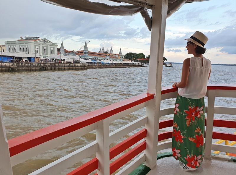 Passeio de barco em Belém Docas