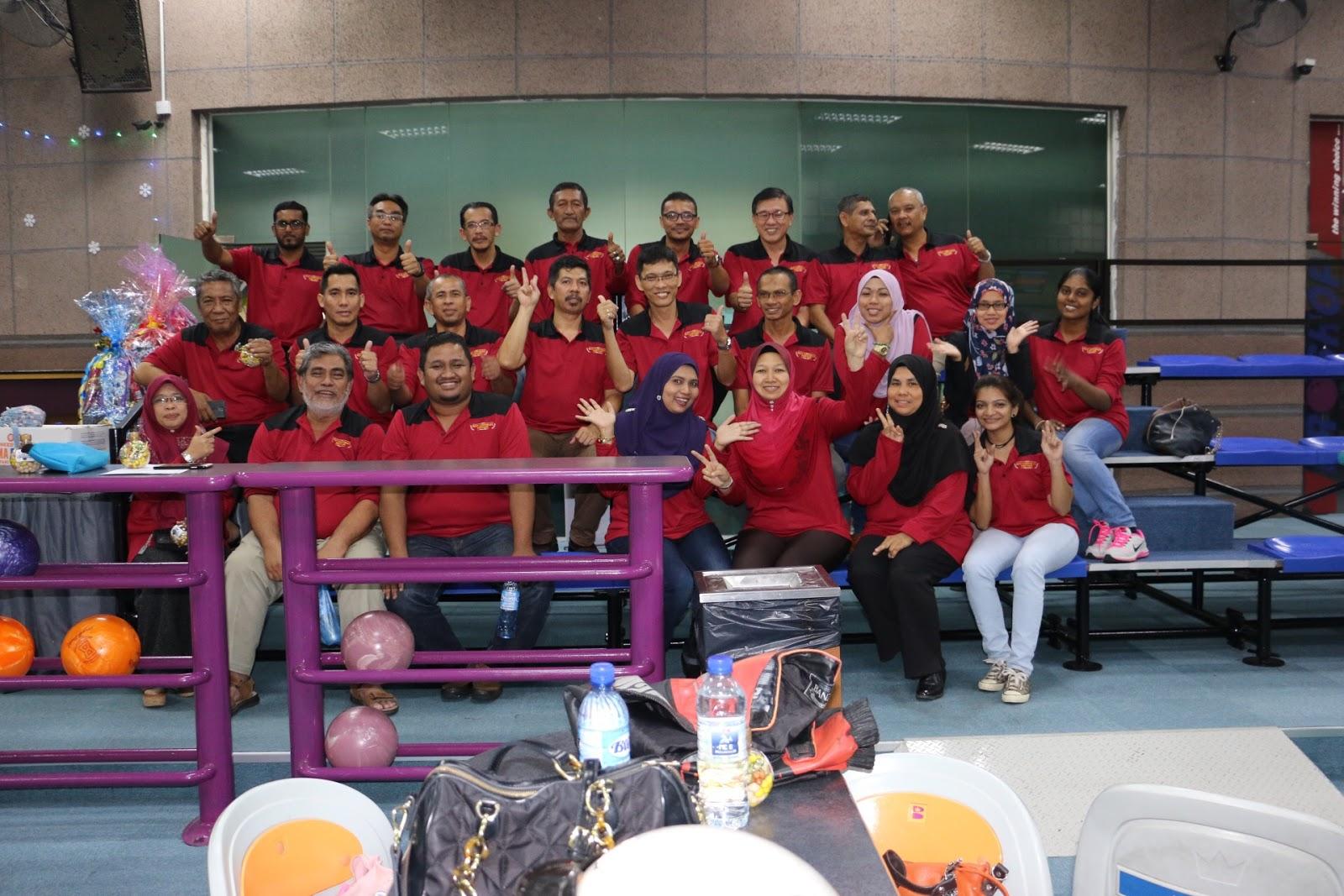 aktiviti pejabat, bowling, riadah bersama