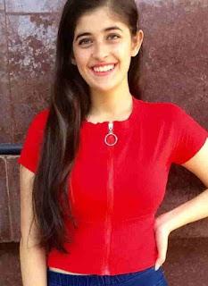 Urvi Singh Red