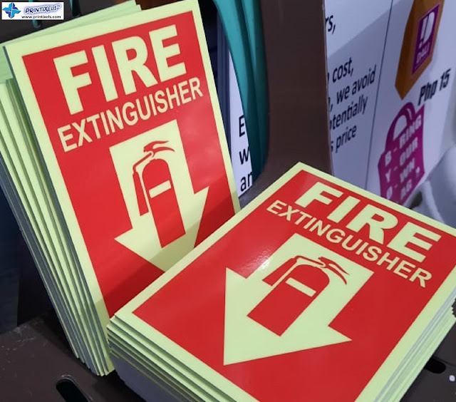 Sintra Board Photoluminescent Fire Extinguisher Signs