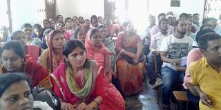 teacher-union-meeting