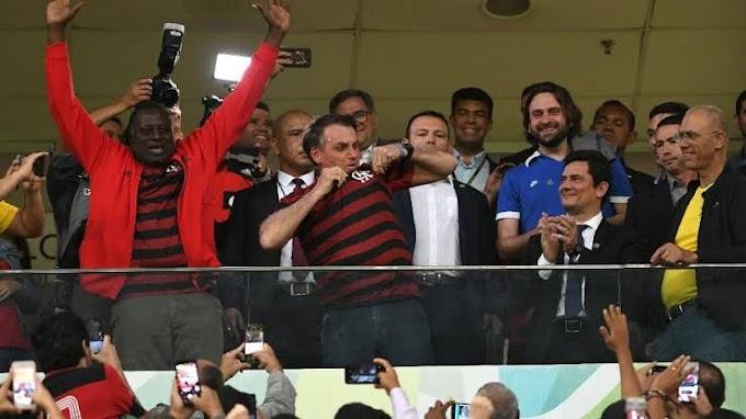 Bolsonaro endurece legislação contra torcidas violentas