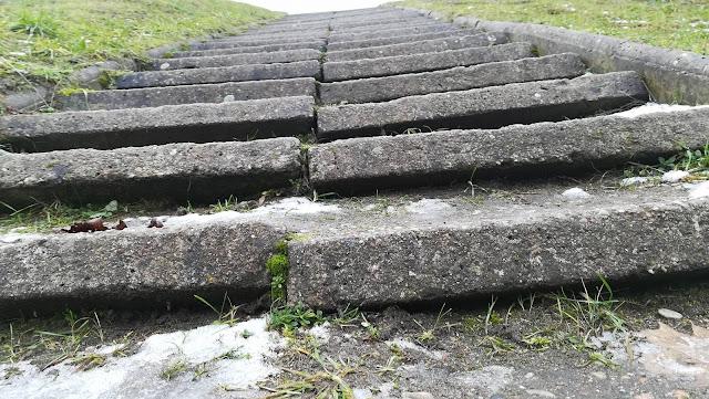 Siemieniec nie wybuduje i nie utwardzi drogi – ale Tarnowski zrobi to na pewno