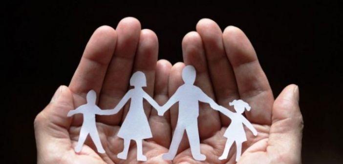 Επίδομα Παιδιού-Α21: Τι ισχύει τελικά με εισοδηματικά κριτήρια & δικαιούχους