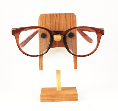 eyeglass holder stand