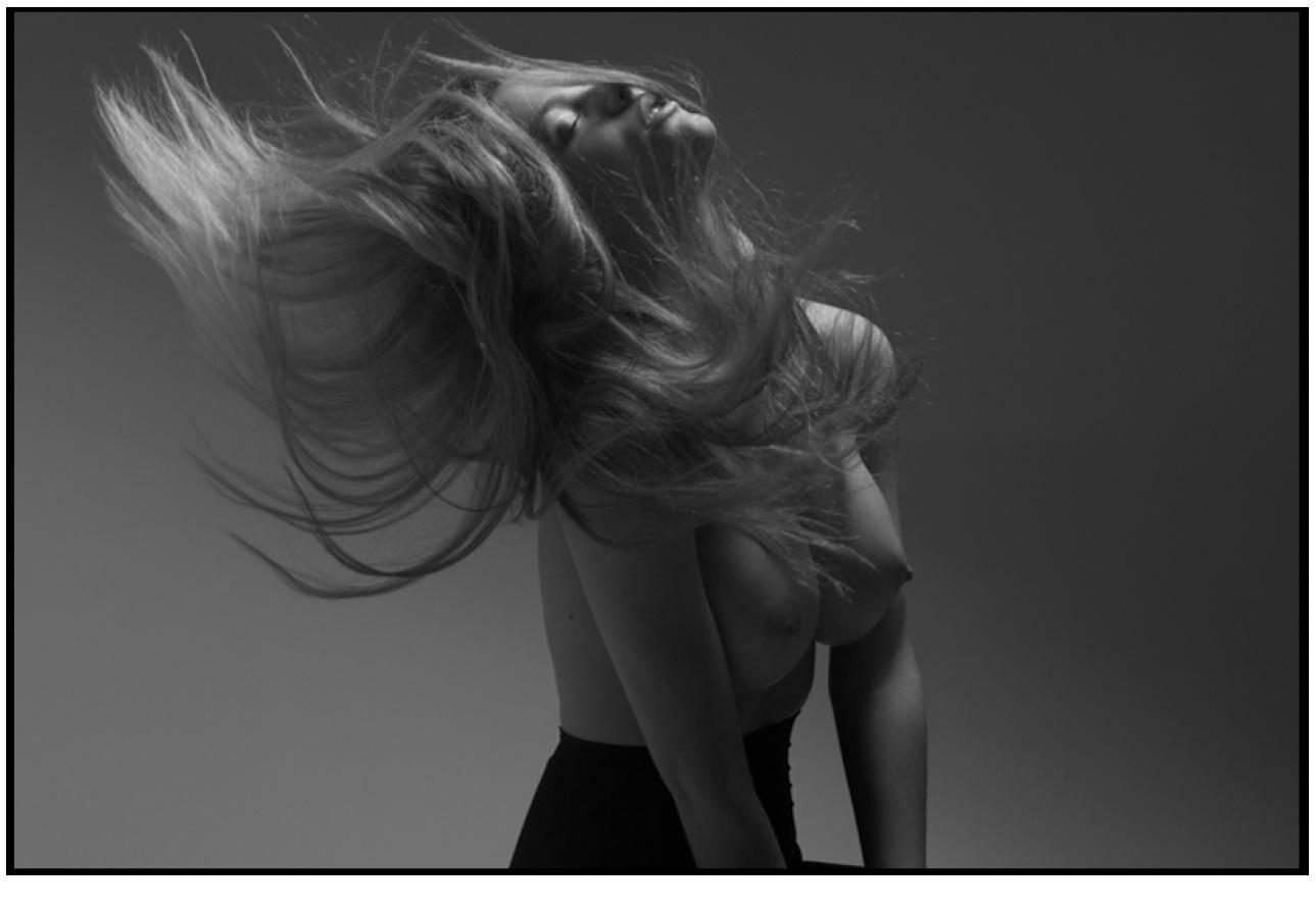 Brooklyn Decker (Mark Squires Topless Photoshoot 2011