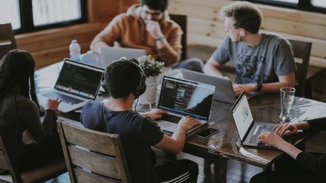web-services-vs-microservices
