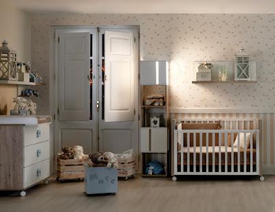 La chambre du b b qu est ce qu elle doit avoir for Disposition chambre bebe