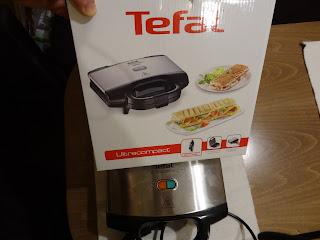 Tefal Ultaracompact SM1552 box