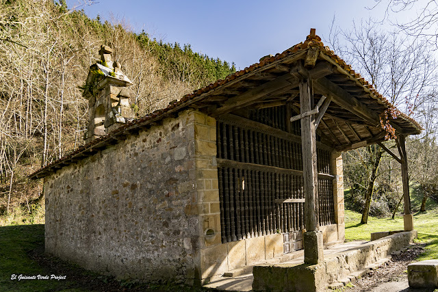 Via Verde de Arrazola, Ermita de San Roque por El Guisante Verde Project