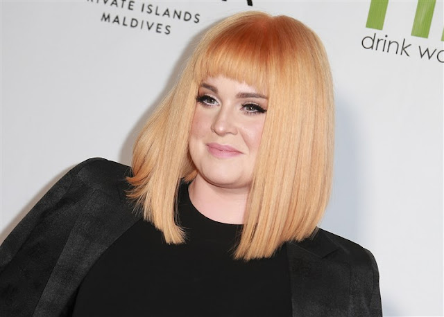 NEWS Kelly Osbourne Celebrates One Year of Sobriety: 'I'm Finally at Peace With Myself'